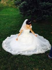 Свадебное платье,  Американка Французские кружева,  б/у,  цена договорная