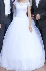продам нежное свадебное платье !