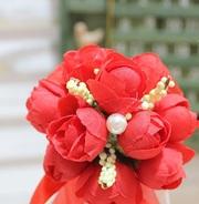 Свадебные бутоньерки для жениха и подружки невесты