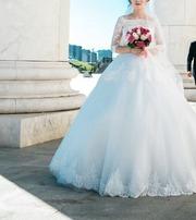 Продам свадебное платье (Кружевное)