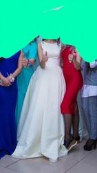 Свадебное платье из тафты со шлейфом б/у Астана 50000