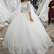 продам свадебное платье (одевалось один раз)